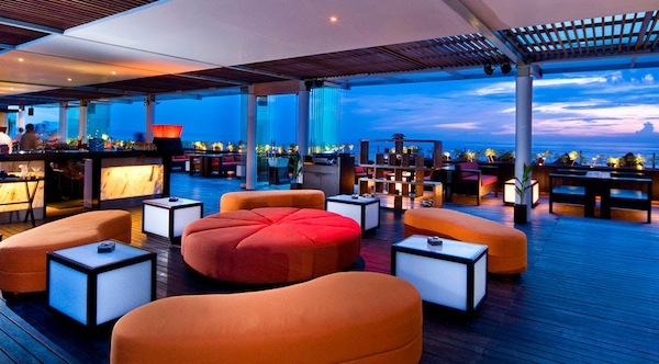Check out the top hotels for those who want to party the for Kube hotel london