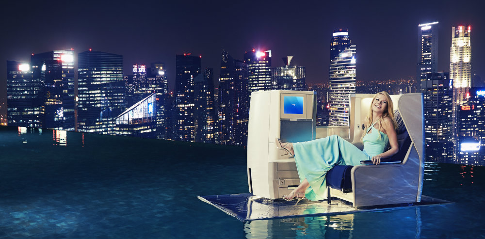 Gwyneth Paltrow soars atop of Singapores Marina Bay Sands infinity