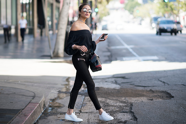 17 Streetwear looks to inspire you to wear sneakers to work