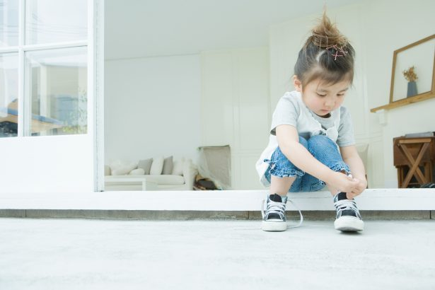 5 Signs your child has an avoidant attachment style (and how to fix it!)